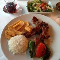 3/12/2013 tarihinde Natalia B.ziyaretçi tarafından Hasir Restaurant'de çekilen fotoğraf