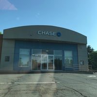 Photo taken at Chase Private Client by Tom S. on 5/19/2017