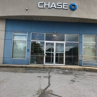 Photo taken at Chase Private Client by Tom S. on 5/26/2017