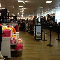 Photo taken at Tommy Hilfiger Company Store by Mustafa Ö. on 7/3/2013