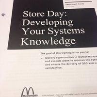 Photo taken at McDonald's by Fernan T. on 6/18/2014