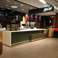 Photo taken at McDonald's / McCafé by Rina R. on 3/16/2013