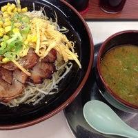 Photo taken at なしか!ラーメン 舞鶴店 by Masato K. on 7/23/2013