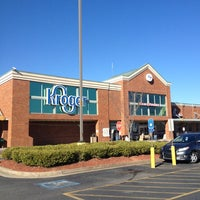 Photo taken at Kroger by Pizza Guy on 2/17/2013