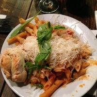 Das Foto wurde bei Pizza Vira von Elles d. am 7/16/2013 aufgenommen