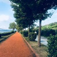 Photo taken at Uzunkum Yürüyüş Yolu by Jawhara A. on 7/11/2018