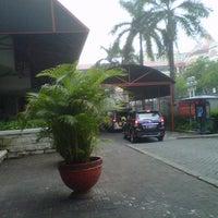 Photo prise au Pasar Pagi Mangga Dua par Atika F. le5/1/2013