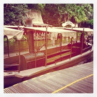 Photo prise au Jungle Cruise par David G. le4/18/2013