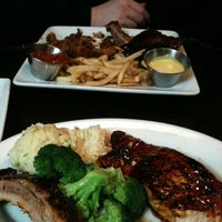 Photo taken at Ruby Tuesday by tkliw l. on 11/25/2013