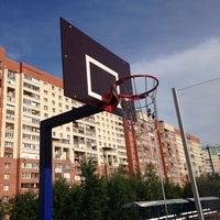 Photo taken at Баскетбольная площадка by Артем А. on 8/15/2014