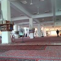 Photo taken at Masjid Jamek Sultan Abdul Aziz by Ediey E. on 2/8/2013