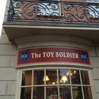 Photo taken at The Toy Soldier by Ednei M. on 12/24/2015