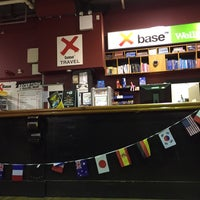 Photo taken at Base Backpackers by Meishi911 on 12/14/2015
