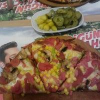 2/11/2013 tarihinde Kadir Y.ziyaretçi tarafından My Pizza'de çekilen fotoğraf