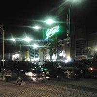 Photo taken at Giant Hypermarket by Putra wisnu W. on 8/9/2013
