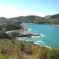 Foto tirada no(a) Praia do Forno por Márcio S. em 7/14/2013