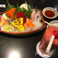Photo taken at Fuji by Junior Rosa T. on 3/23/2017