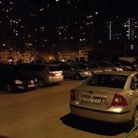 Photo taken at Паркинг by Олег Ф. on 8/12/2013