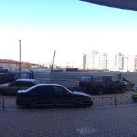 Photo taken at Паркинг by Олег Ф. on 4/29/2013