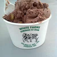 Photo taken at White Farms Homemade Ice Cream by Danielle P. on 8/10/2013