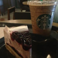 Photo taken at Starbucks by lokyeeL on 3/21/2013