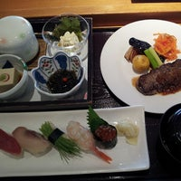 Photo taken at 寿司・創作料理 一幸 成田店 by Atsushi S. on 7/15/2013