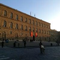 Foto scattata a Piazza dei Pitti da Paolo A. il 2/20/2013
