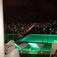 Foto tomada en Hotel Holiday Inn Bucaramanga Cacique por Alejandro P. el 12/26/2013