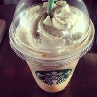 Photo taken at Starbucks by Jose Carlos N. on 7/7/2013