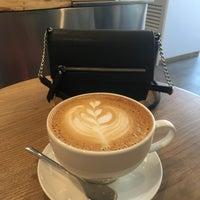 Снимок сделан в STATION cakes&coffee пользователем Uliana S. 3/26/2018