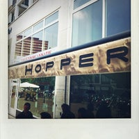 Foto tomada en Hopper Coffee & Bakery  por Peter v. el 6/18/2013