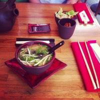 Снимок сделан в Oto Sushi пользователем Adasu D. 6/18/2013