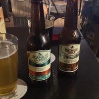 Foto tomada en Duke's Burgers & Beer por Lorraine M. el 9/30/2018