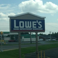 Photo taken at Lowe's Home Improvement by Trucker4Harvick . on 8/14/2013