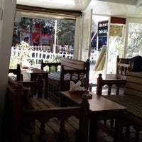 10/13/2013 tarihinde Süleyman D.ziyaretçi tarafından DaDa Cafe'de çekilen fotoğraf