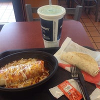 Photo taken at Taco Bell by Yosemite Sam on 10/23/2013