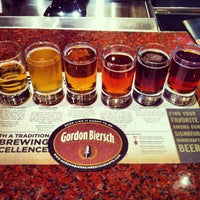 Photo taken at Gordon Biersch Brewery Restaurant by Edward H. on 2/14/2013