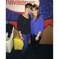 Photo taken at Camarote Havaianas by Dannyelle A. on 6/23/2014