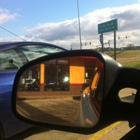 Photo taken at Popeyes Louisiana Kitchen by Amber R. on 2/7/2013