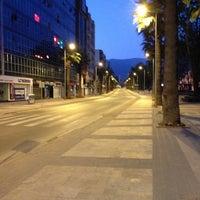4/28/2013 tarihinde Emre T.ziyaretçi tarafından Çınar Meydanı'de çekilen fotoğraf