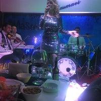 11/25/2016 tarihinde Huriye🍹 A.ziyaretçi tarafından çimenoğlu mavi restaurant'de çekilen fotoğraf