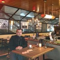 Photo taken at Restaurant In De Doelen by Maxim D. on 4/22/2013