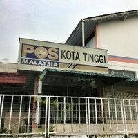 Photo taken at Pos Malaysia Kota Tinggi by yazid on 7/18/2013