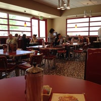 Photo taken at Johnny Rockets by Will H. on 5/31/2014