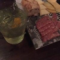 Foto tomada en Oliveria Cocktail Bar por Victor M. el 6/3/2017