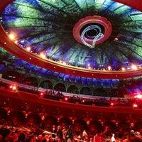 Photo prise au O Theatre par Rick T. le11/26/2012