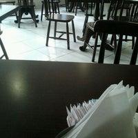 Foto tirada no(a) Café Peregrino por Achei V. em 3/14/2013