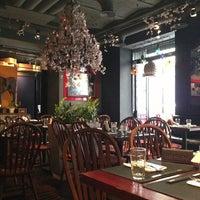 Das Foto wurde bei Roni Asian Grill & Bar von Maria G. am 6/26/2013 aufgenommen