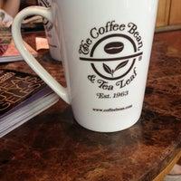 Photo prise au The Coffee Bean & Tea Leaf par Lorraine M. le2/11/2013