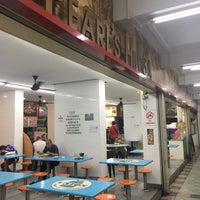 Photo taken at Zaiman Corner @ Pearls Hill 34 Coffeeshop by Taku 目. on 7/21/2017